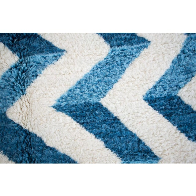 "Berber Tribes of Morocco ""Bluecination"" Ivory Handmade Contemporary Berber Rug With Blue Zigzag - 8'3"" X 5'9"" Ft For Sale - Image 4 of 6"