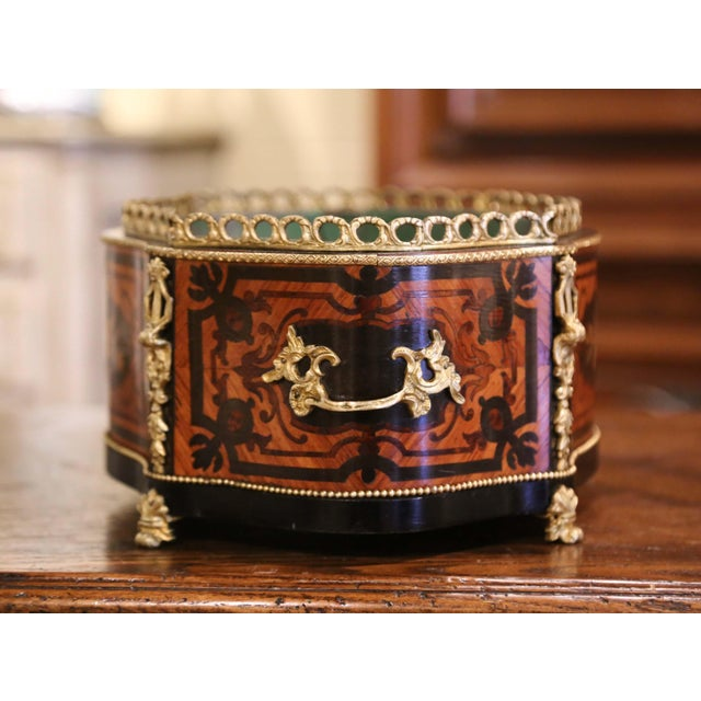 19th Century French Rosewood Bombe Jardinière With Marquetry and Bronze Mounts For Sale In Dallas - Image 6 of 9