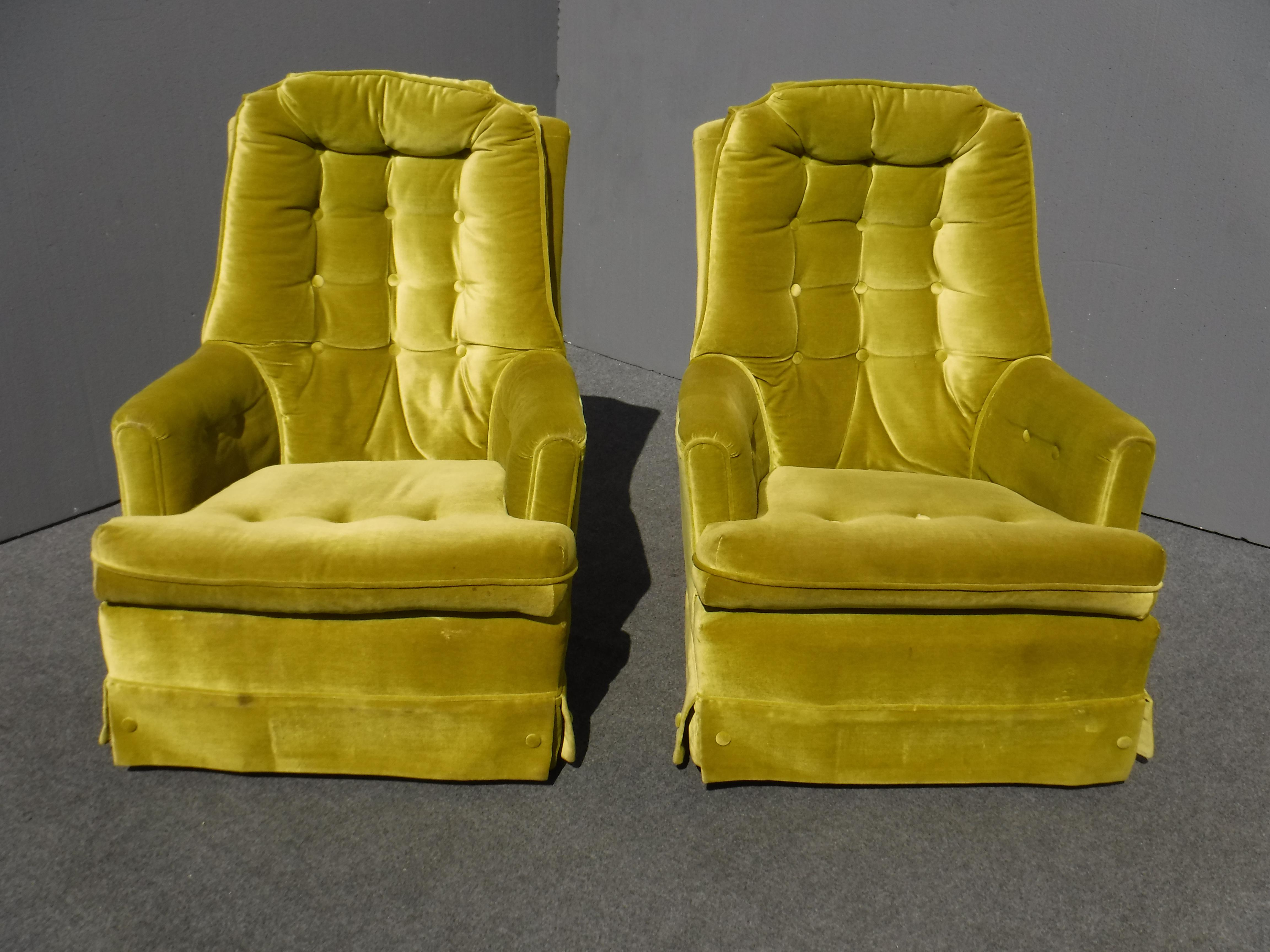Mid Century Modern Tufted Green Velvet Swivel Chairs   A Pair   Image 2 Of  11