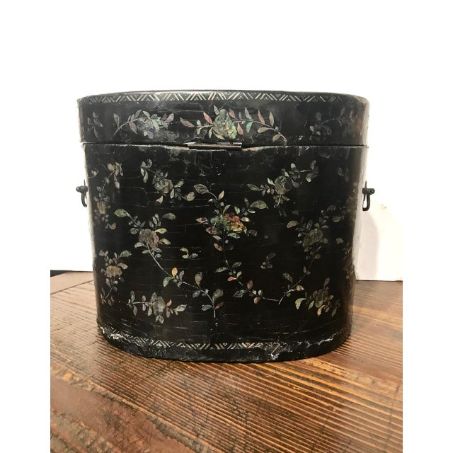 Chinese Coromandel Lacquer Hot Box, 19th Century For Sale - Image 4 of 10
