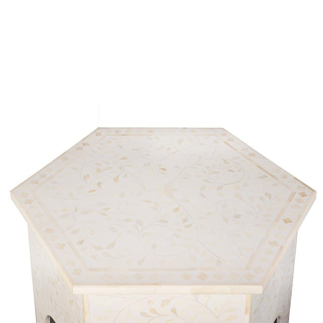 Contemporary Imperial Beauty Moroccan Accent Table in MOP/White For Sale - Image 3 of 5