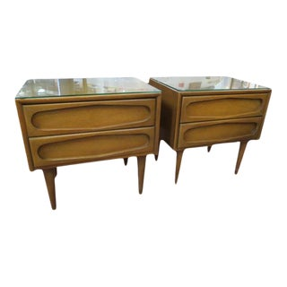 1960s Mid Century Modern American of Martinsville Walnut Night Stands - a Pair For Sale