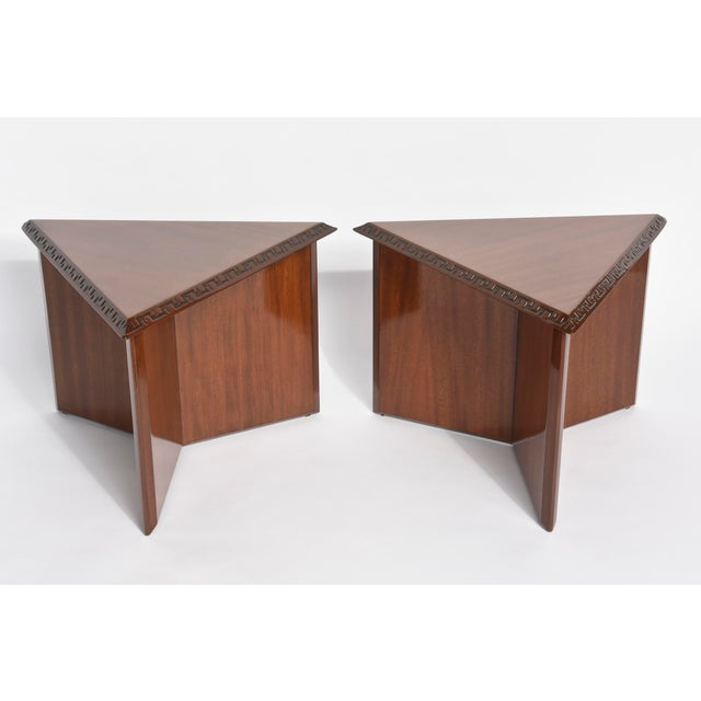 "Brown Pair of American Modern Triangular ""Talesin"" Low Tables, Frank Lloyd Wright For Sale - Image 8 of 9"
