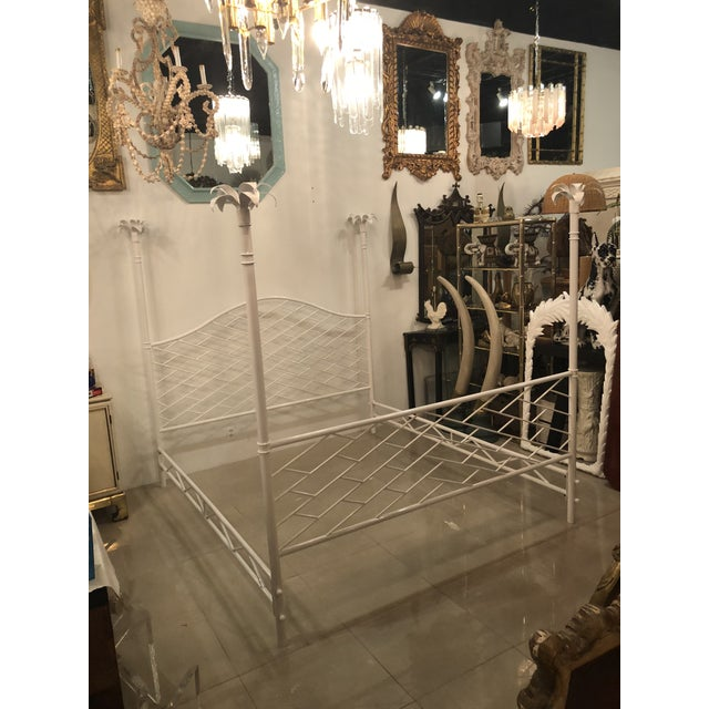 Vintage Hollywood Regency Chinese Chippendale White Lacquered Faux Bamboo Palm Tree Leaf 4 Poster Canopy Bed King Size For Sale - Image 13 of 13