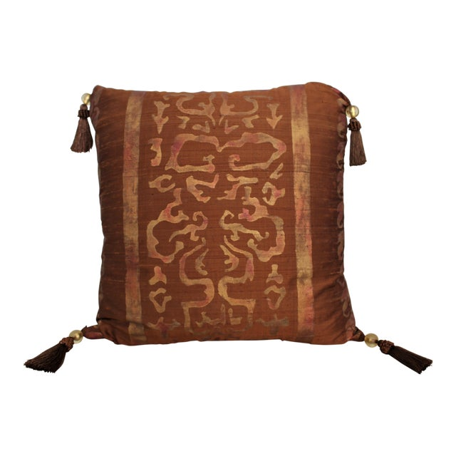 Isabelle H. Fortuny Style Burnished Russet Silk Tasselled Pillow For Sale