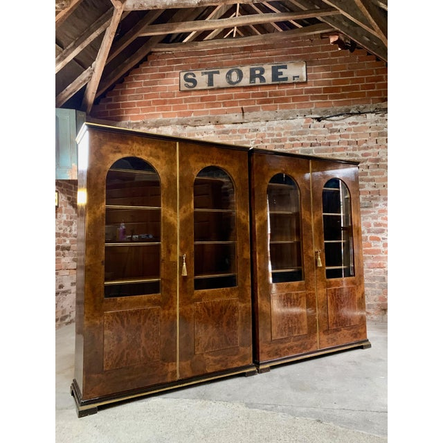 Wood Tomaso Buzzi Burr Walnut Display Cabinets Bookcases, Italy, circa 1929 - A Pair For Sale - Image 7 of 12