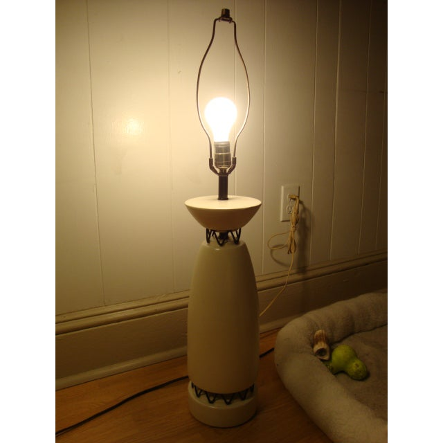 Rembrandt Style Matte White Pottery Lamp - Image 7 of 10