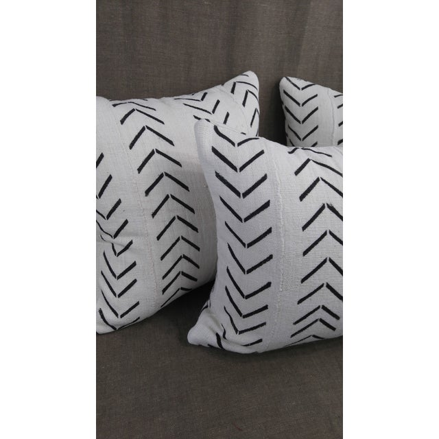 """Vintage Authentic """"Mudcloth"""" White With Black Design Pillows - Set of 3 For Sale - Image 4 of 6"""