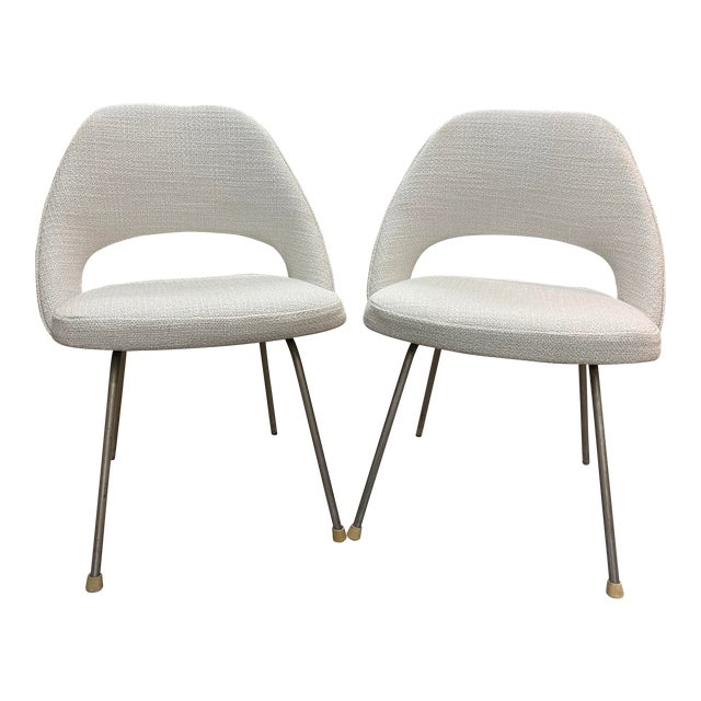 Mid-Century Saarinen Chairs For Sale