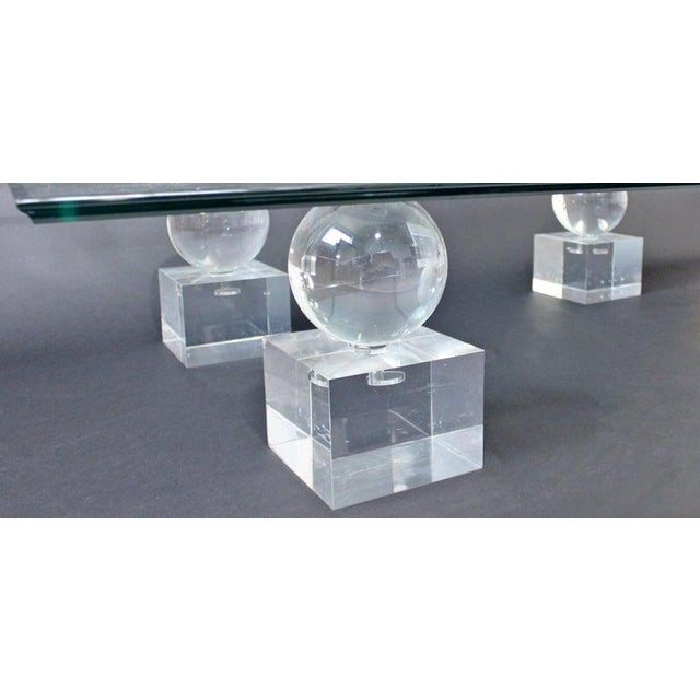 1970s Mid-Century Modern Lucite Glass Coffee Table by Karl Springer Comatec, France 1970s For Sale - Image 5 of 10