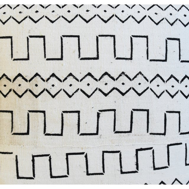 "Organic Neutral & Black Mali Tribal Mud Cloth Feather/Down Pillows 22"" Square - Pair For Sale - Image 4 of 13"