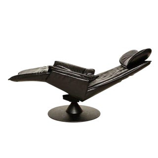Contura Zero Gravity Recliner Chair by Modi, Hjellegjerde For Sale