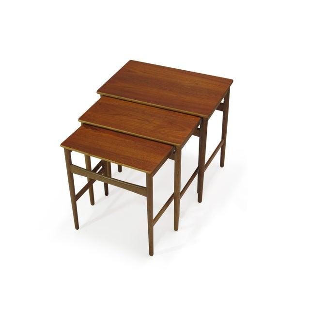 Hans Wegner Teak and Oak Danish Nesting Side Tables - Set of 3 For Sale - Image 10 of 11