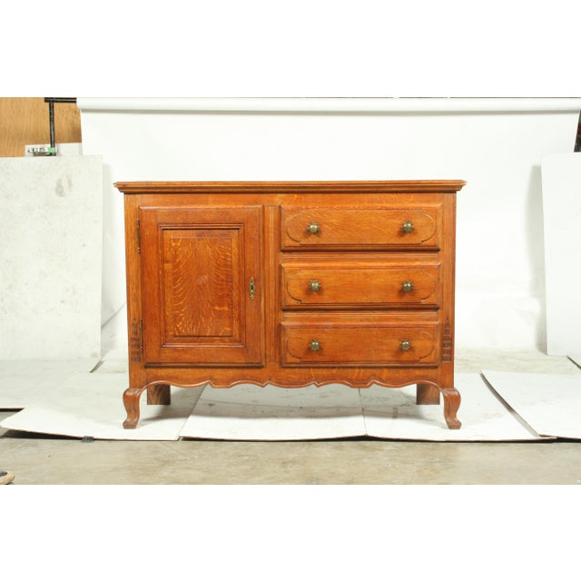 Mid-Century French Country-Style Oak Buffet Cabinet/Hutch