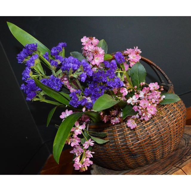 Japanese Bamboo Basket Ikebana Flower Antique Vase Flower Sumikago For Sale - Image 11 of 13