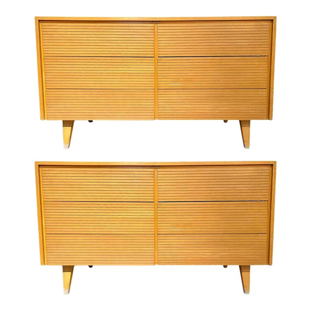 Six-Drawer Mid-Century Modern Commodes, Chests or Dresser - a Pair For Sale