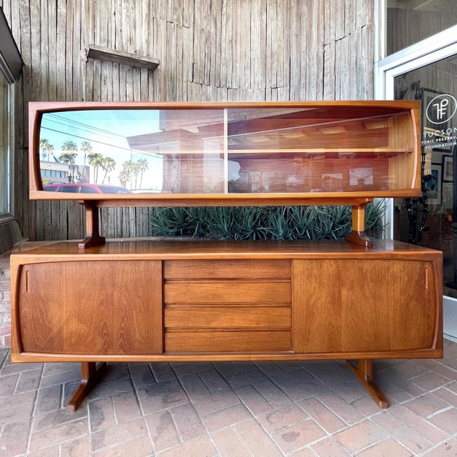 1970s Danish Modern Teak Credenza With Floating Top For Sale - Image 10 of 11