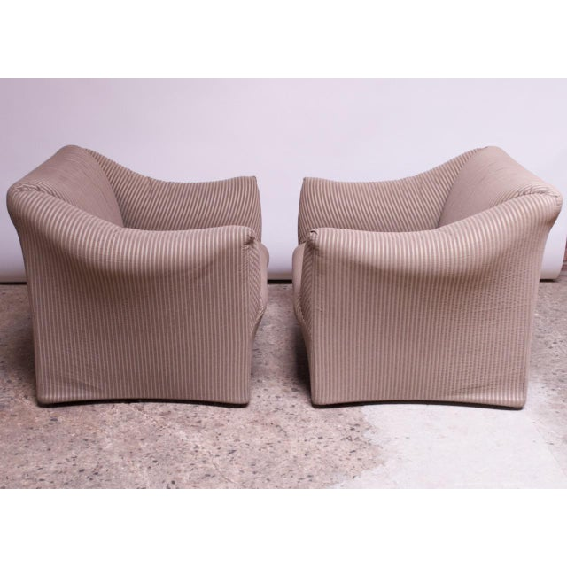 1970s Pair 1970s Wide Tentazione Club Chairs by Mario Bellini for Cassina For Sale - Image 5 of 13