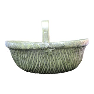 Chinese Green Lacquer Woven Large Basinet Basket Vase with Handle For Sale