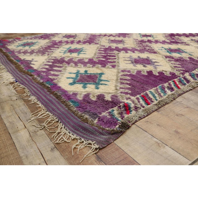 Vintage Berber Purple Moroccan Boujad Beni Mrirt Rug - 6'2 X 10'2 For Sale In Dallas - Image 6 of 10