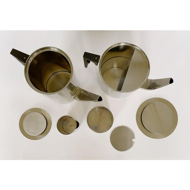 Stelton 1967 Arne Jacobsen Cylinda Line for Stelton of Denmark Coffee and Tea Set - 4 Pieces For Sale - Image 4 of 9