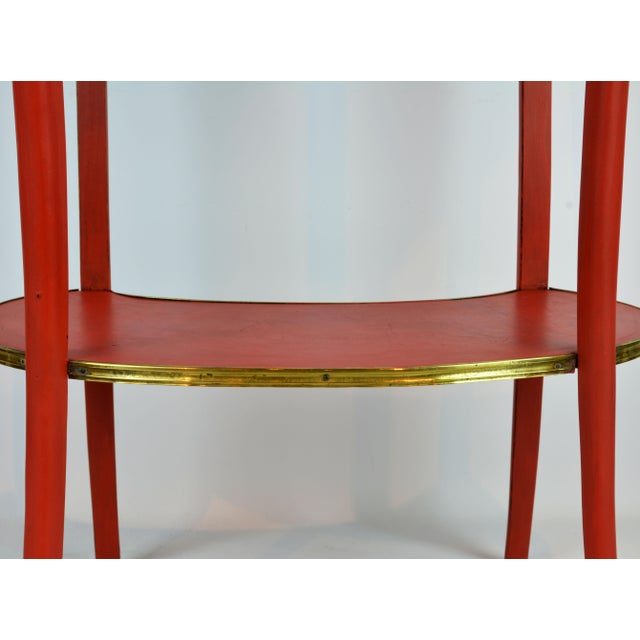 French Provincial Painted & Bronze-Mounted Kidney Shape Accent Table For Sale In Miami - Image 6 of 12
