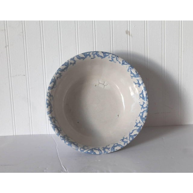 19th Century Large Sponge Ware Serving Bowl For Sale - Image 4 of 5