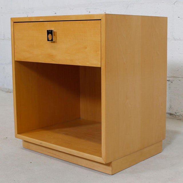 Jack Cartwright for Founders Blonde End Table For Sale - Image 4 of 10