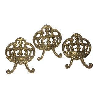Regal Gold Metal Crown Wall Hanging Decor Hooks - Set of 3