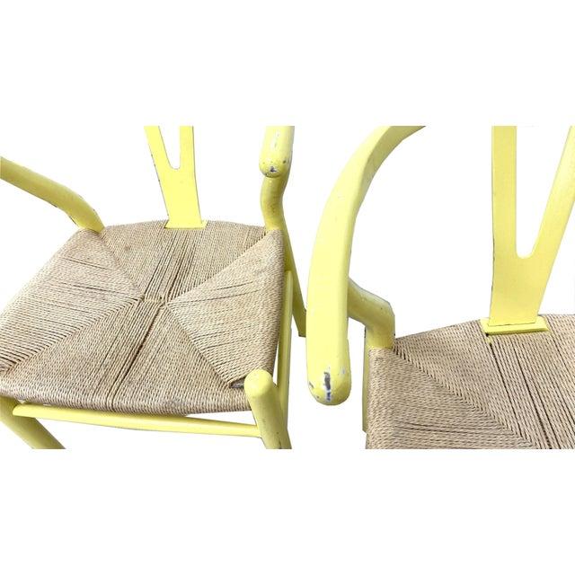 Mid-Century Modern Hans Wegner Wishbone Chairs - Set of 4 For Sale - Image 3 of 7