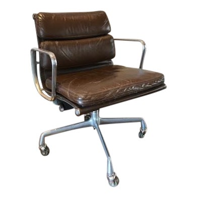Vintage Mid-Century Eames Herman Miller Soft Pad Office Chair For Sale
