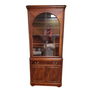 Vintage Traditional American Corner Display Cabinet For Sale