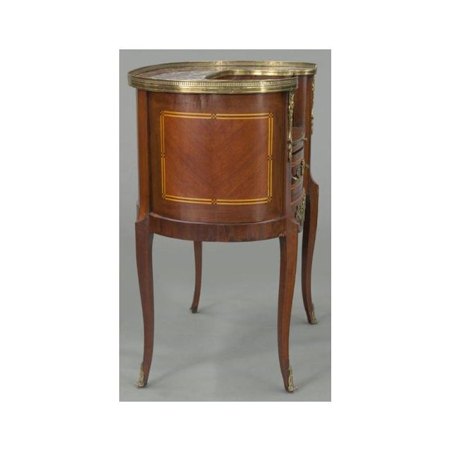 Early 20th Century French Louis XV Mahogany Kidney Shaped Ladies Desk For Sale - Image 4 of 11