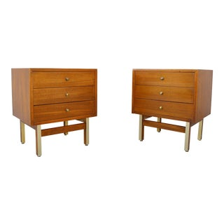 1960's Vintage Mid-Century Modern Nightstands - a Pair For Sale