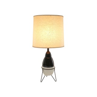Mid-Century Black White Pottery Tripod Hairpin Lamp With Fiberglass Shade For Sale