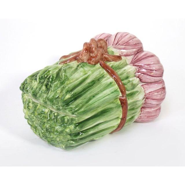 Shabby Chic Italian Majolica Shallot/Spring Onion Bundle-Shaped Box For Sale - Image 3 of 6