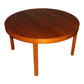 Swedish Mid-Century Modern Round Walnut End or Coffee Table by Carl Malmsten For Sale