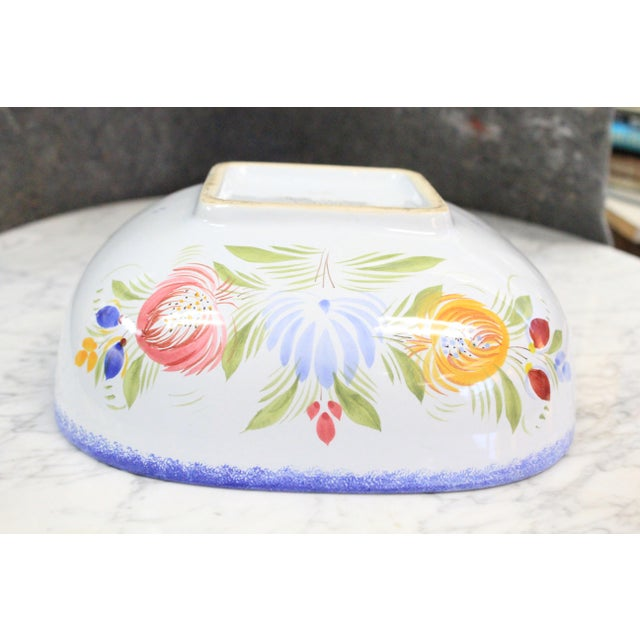 1960s Floral Pattern Quimper Bowl For Sale In New York - Image 6 of 7