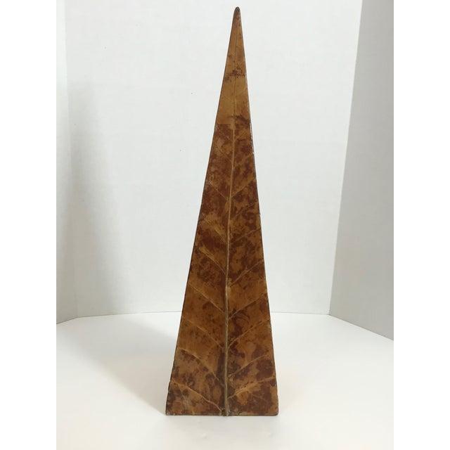 Tobacco Leaf Obelisk - Image 3 of 10