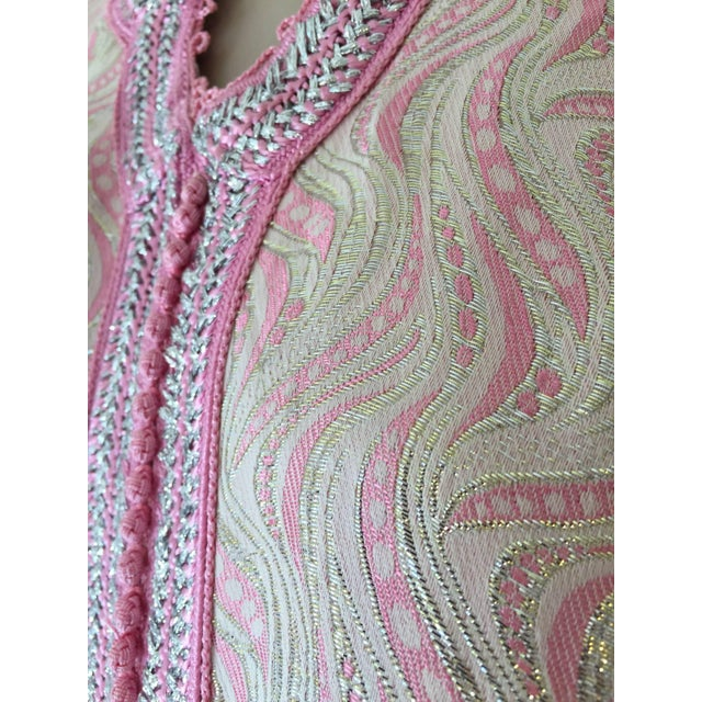 Metal Moroccan Brocade Kaftan Embroidered With Pink and Silver Trim For Sale - Image 7 of 11