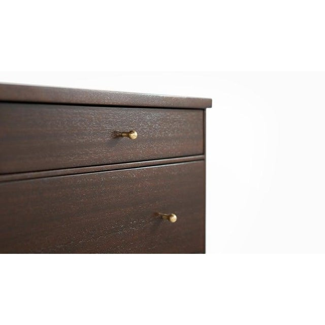 Pair of Bedside Mahogany Chests by Paul McCobb, Calvin Group, 1950s For Sale - Image 10 of 13
