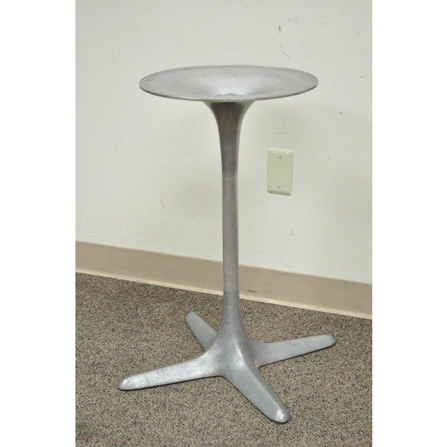 Mid-Century Modern Burke Mid-Century Modern Aluminum Tulip Propeller Dining Table Base For Sale - Image 3 of 12
