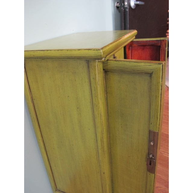 Asian Chinese Style Limegreen Lacquer Bedside Chest For Sale - Image 3 of 5