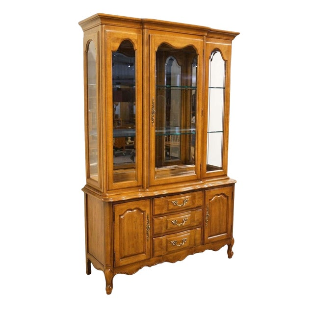 """Thomasville Furniture Tableau Collection French Provincial 50"""" China Cabinet For Sale"""