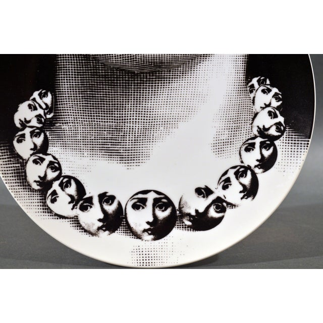 Piero Fornasetti Porcelain Plate Themes & Variation Pattern, Pattern 107, The Necklace, Tema E Variazioni, 1960s-70s (Ref:...
