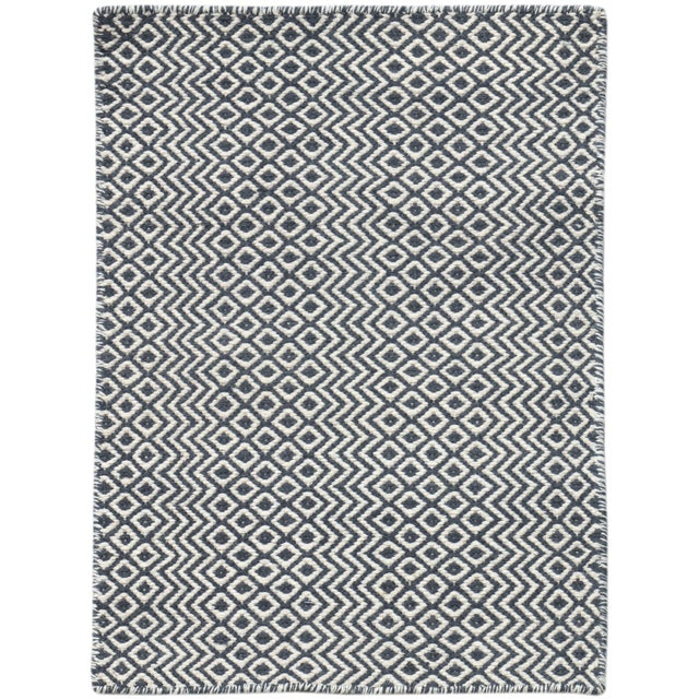 Bella Modern Charcoal Hand-Woven Rug 5'x8' For Sale - Image 4 of 4