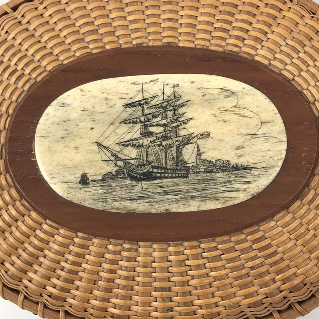Nautical Handmade Nantucket Whale Scrimshaw Basket With Paperwork For Sale - Image 3 of 13