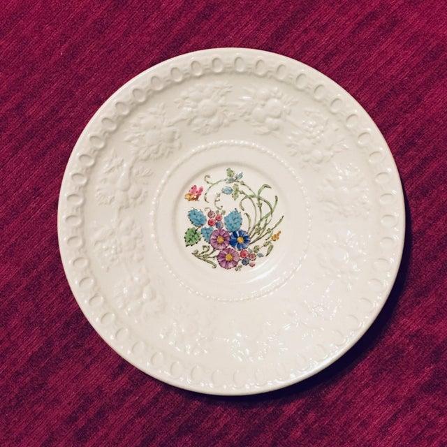 1940s Vintage Wedgwood Montreal Bone China Tea Set of 12 For Sale - Image 9 of 13