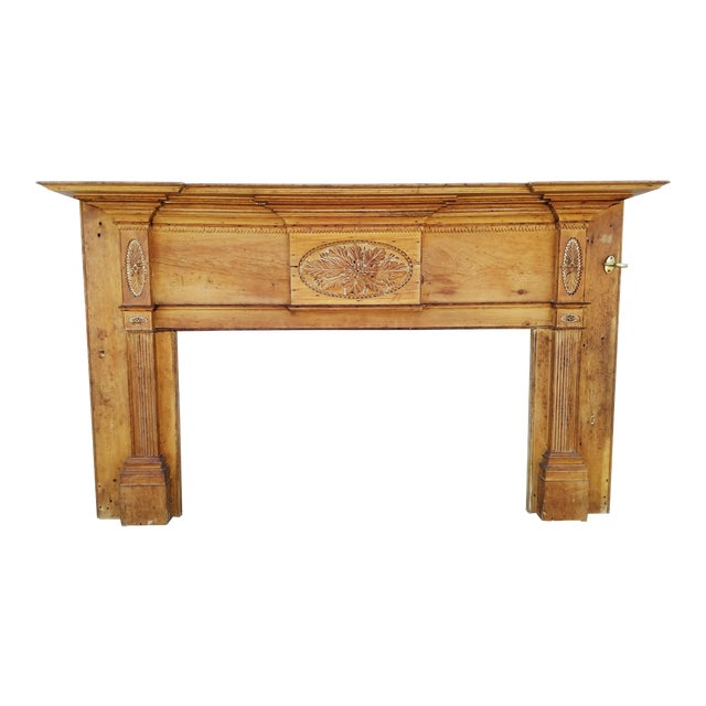 Early 19th Century Federal Wooden Mantel For Sale