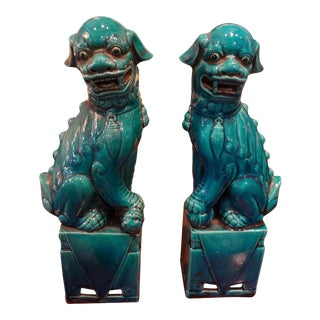 Large Scale Chinese Export Glazed Porcelain Foo Dogs or Foo Lions For Sale